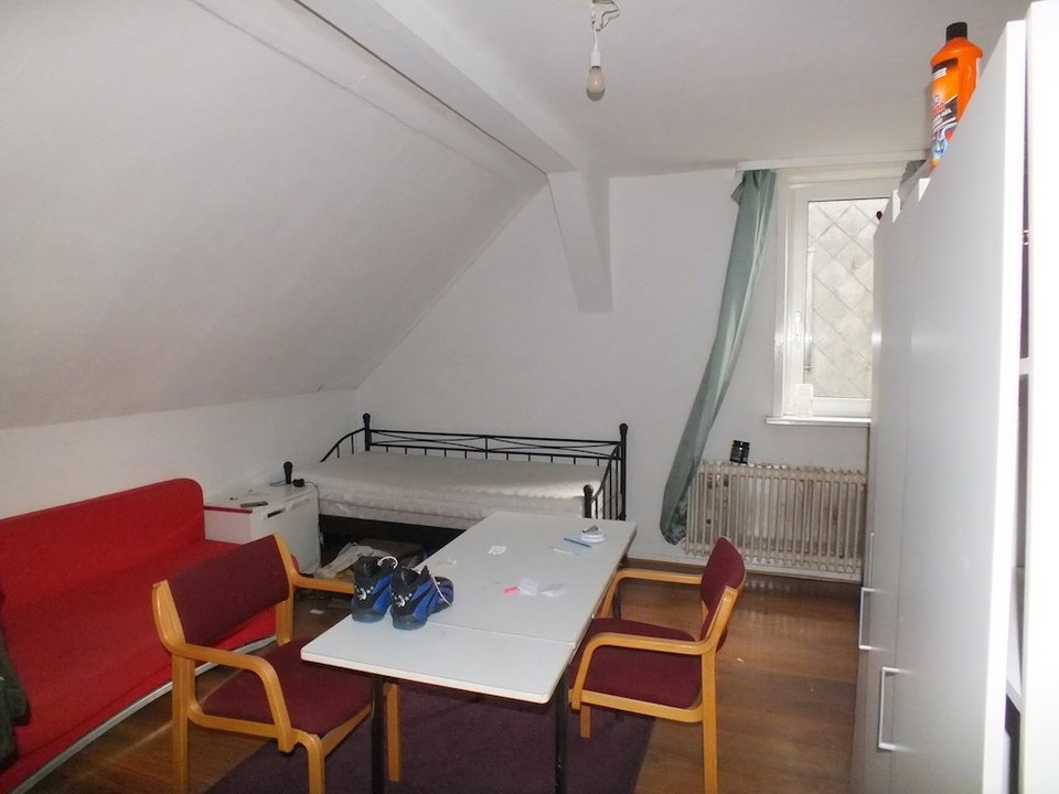 Dachzimmer R4