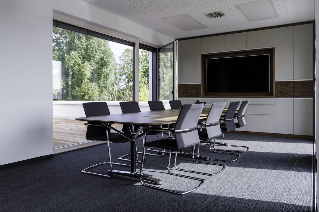 Konferenzraum OG mit Terrasse