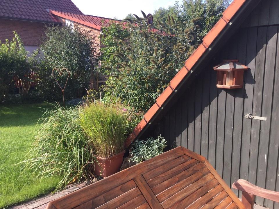 Terassenbereich und Garten