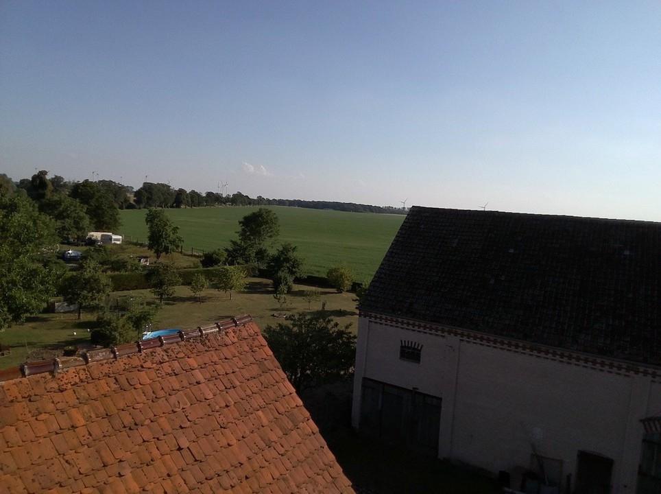 Landschaft hinter dem Haus