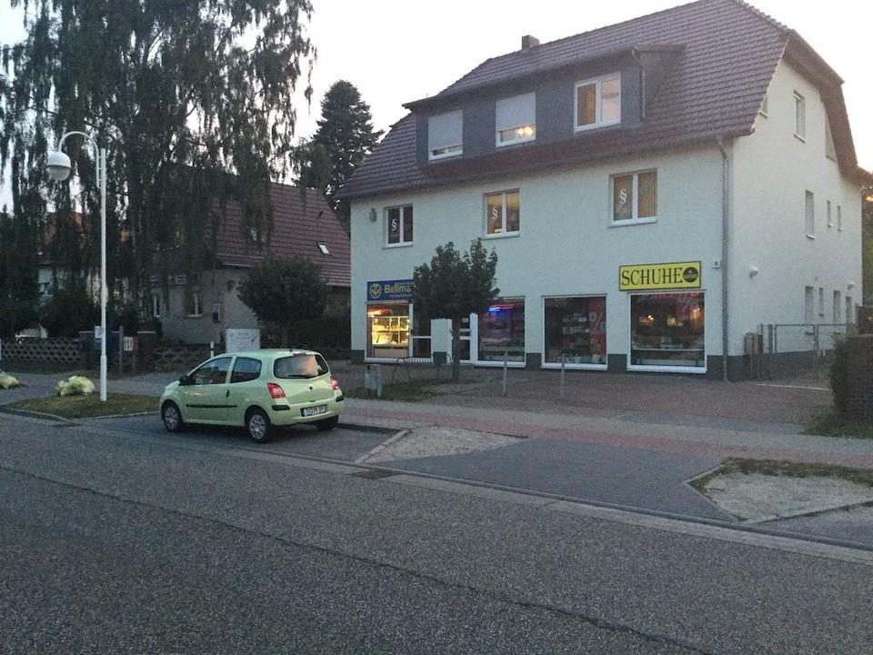 Geschäfte in der Strasse